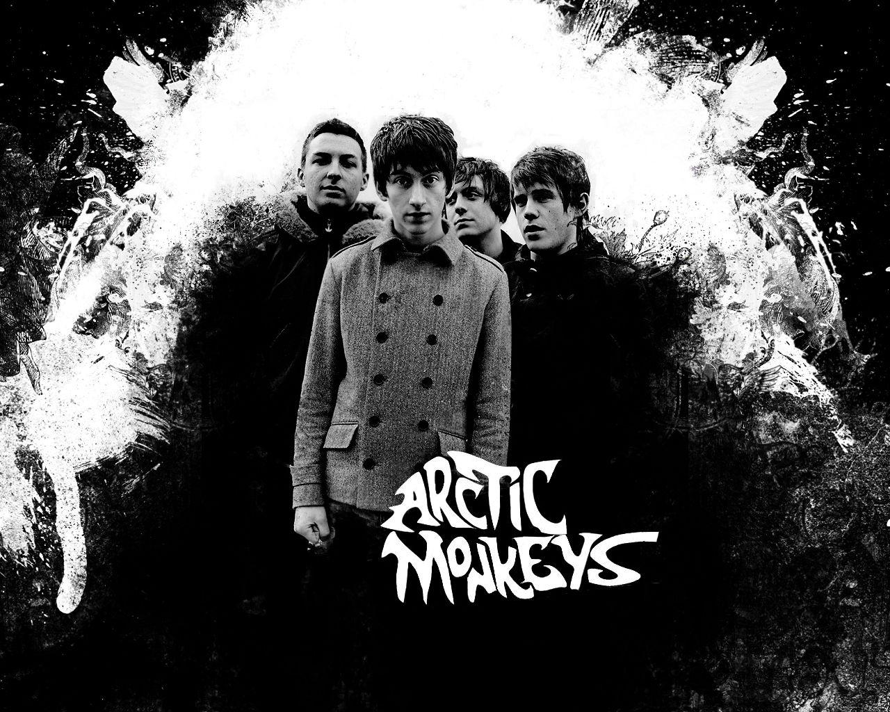 http://www.theriffrepeater.com/wp-content/uploads/2013/08/1Arctic-Monkeys-3-arctic-monkeys-10718195-1280-1024.jpg